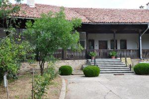 Петропавловския манастир